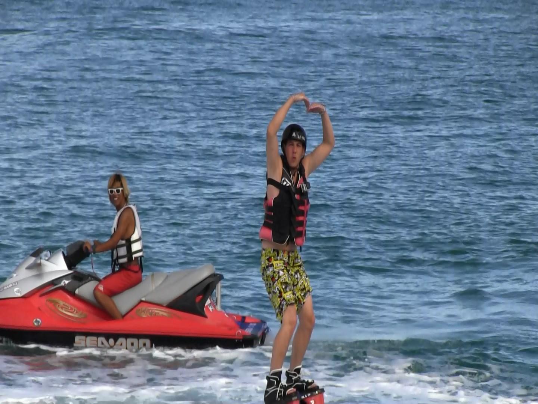 Japon – Un rêve exaucé du Flyboard à Sansan beach